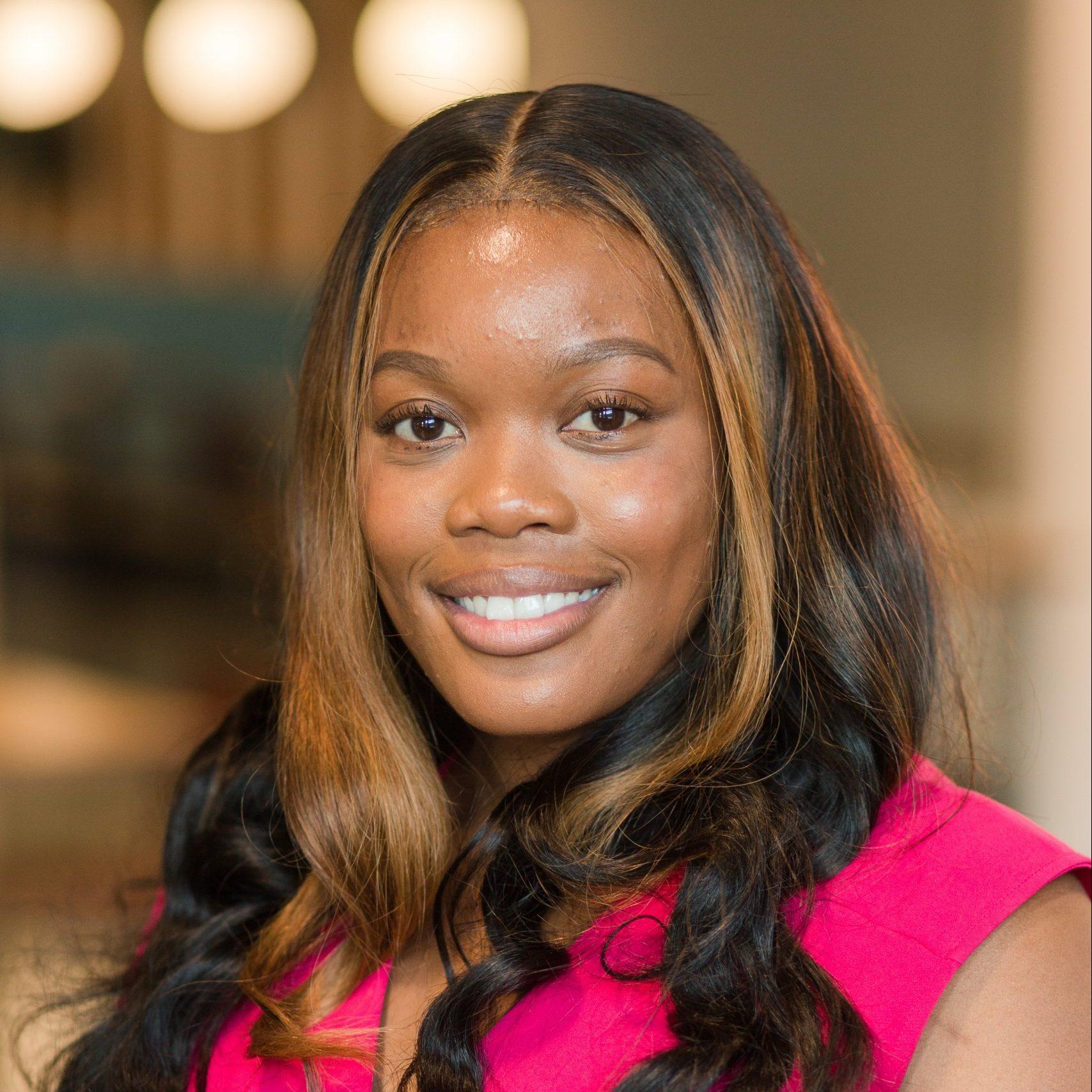 Shamenese Robinson : Student and Program Success Coordinator
